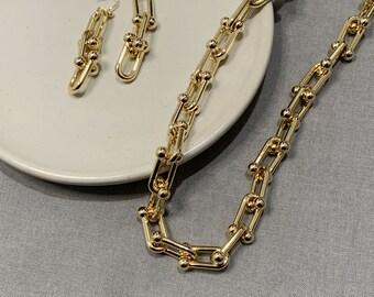 Chunky Gold U Ball Link Horseshoe , Thick Chain Earrings, Choker Statement Necklace, Layering Bracelet, Wheel Sailor Lock Tiffany Inspired
