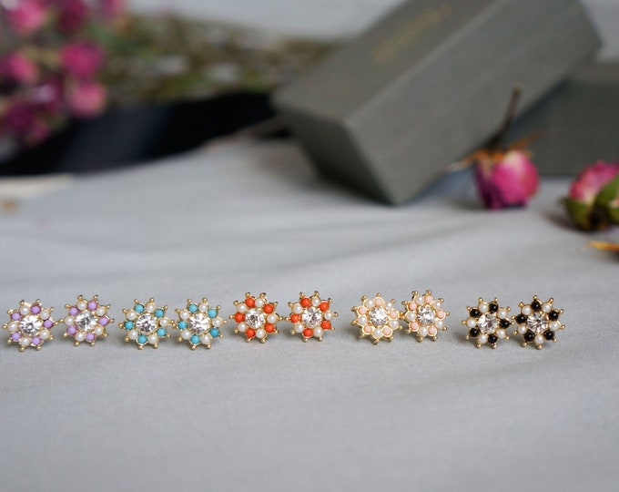 Color mini Flower with Pearl Stud Earrings