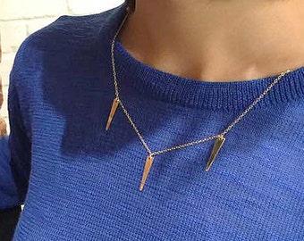 Three Spike Minimal Necklace