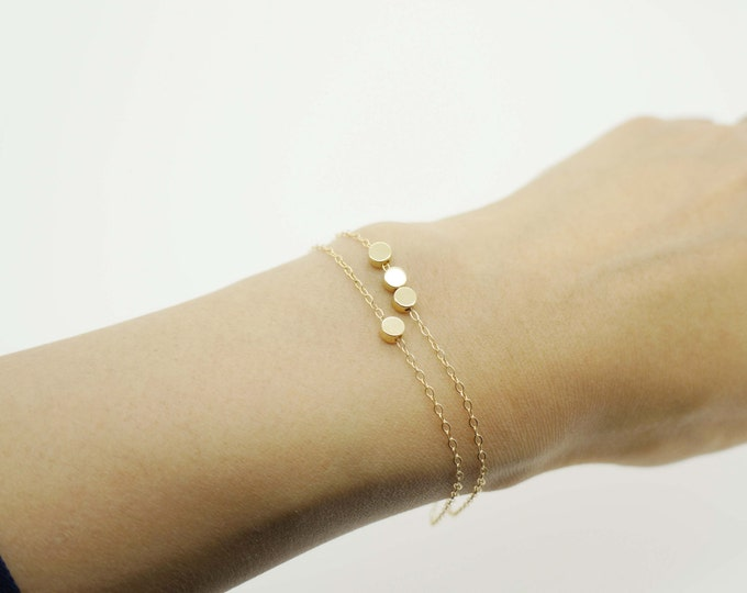 Gold set of gold bracelets
