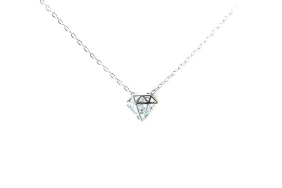 Silver Diamond Shape Cutout Pendant necklace