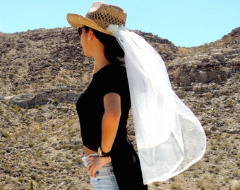 Bachelorette Cowgirl Hat Veil, Cowboy Hat Veil,  Country Bride, Ivory Country Western Veil, Western Bride, Despedida de Soltera