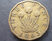 Great BritainThreepence coin 1943 in good used (circulated) condition, Nickel Brass, ideal gift or for jewellery or craftmaking projects.