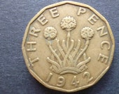 Great BritainThreepence coin 1942 in good used (circulated) condition, Nickel Brass, ideal gift or for jewellery or craftmaking projects.