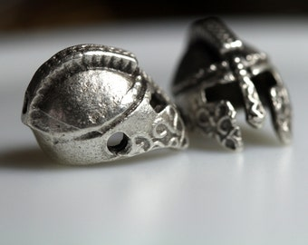 4 pcs  silver plated roman helmet 2 hole Pendant  12 mm findings spacer bead bab882