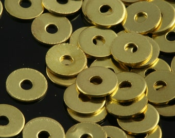 500 Pcs Raw Brass 5 mm Circle middle hole Raw Brass Charms , Raw Brass  Findings 82R-38 tmlp