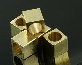 "20 pcs 10 x 10 mm 3/8"" x 3/8""  raw brass square cube,(6.5 mm 1/4"" hole ) bab6 1483"