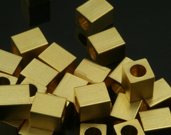 10 pcs 5 x 6 mm (hole 3 mm ) gold plated brass cube findings spacer bead bab3 801