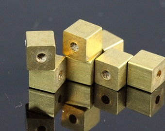 "20 pcs Raw Brass square cube stamping cube 6 x 6 mm 1/4"" x 1/4""  finding (2 mm 5/64"" 13 gauge hole ) bab2 1610"