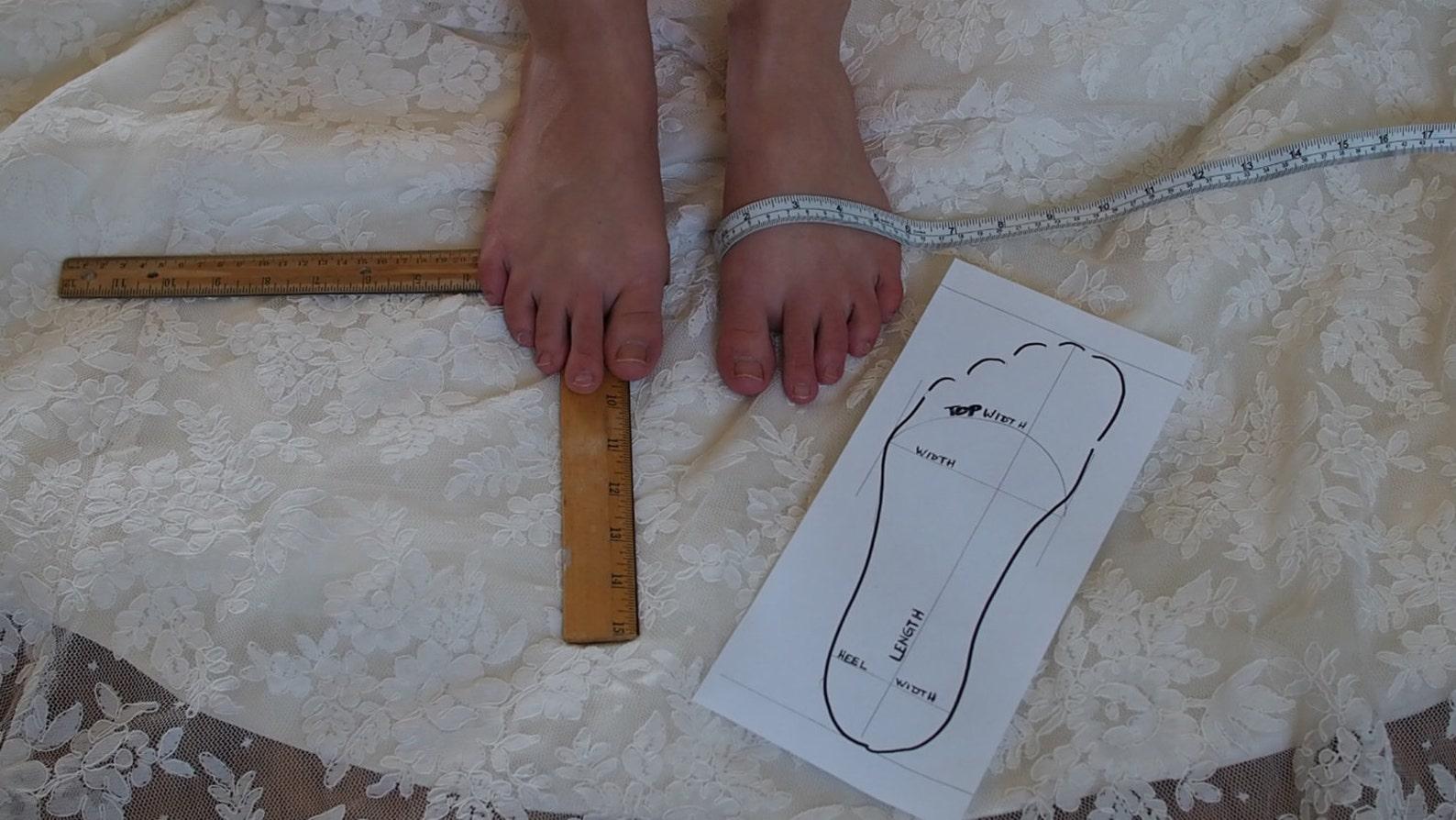 princess bridal ballerina slippers~princess wedding ballet flat shoes~lace bridal ballet shoe~ elegant lace dance slipper