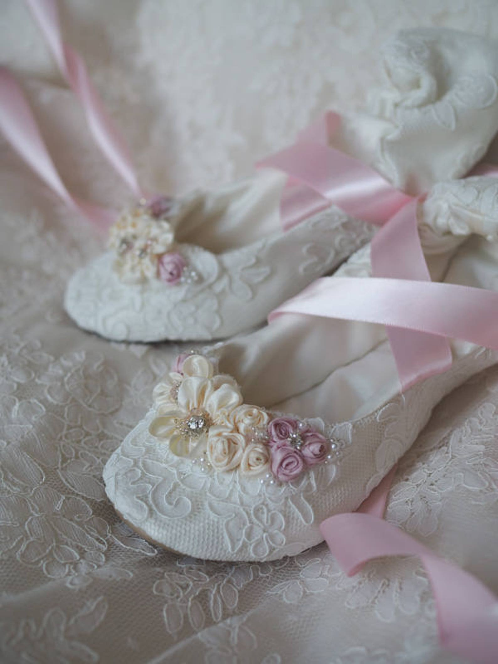blush princess bridal ballet shoes, blush pink fancy bridal ballerina slipper, blush pink flat wedding shoes, blush pink bridal