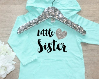 Little Sister Shirt / Baby Girl Clothes Shirt Little Sibling Shirt Family Pictures New Baby Announcement Shirt Big Sister Announcement 002