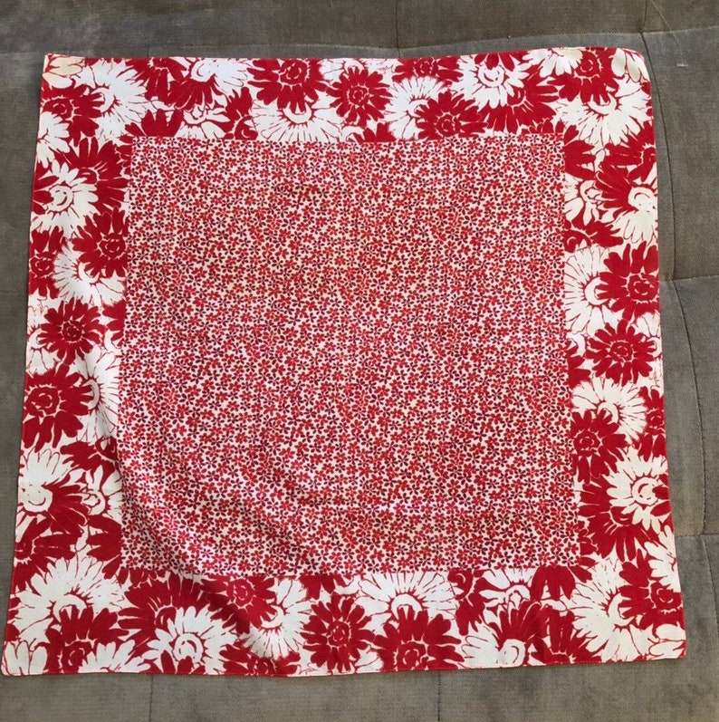 VINTAGE 60s SCARF Red /& White Scarf Square 20 X 20