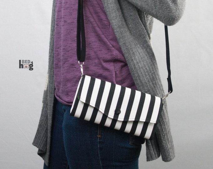Design Your Own Necessary Clutch Wallet
