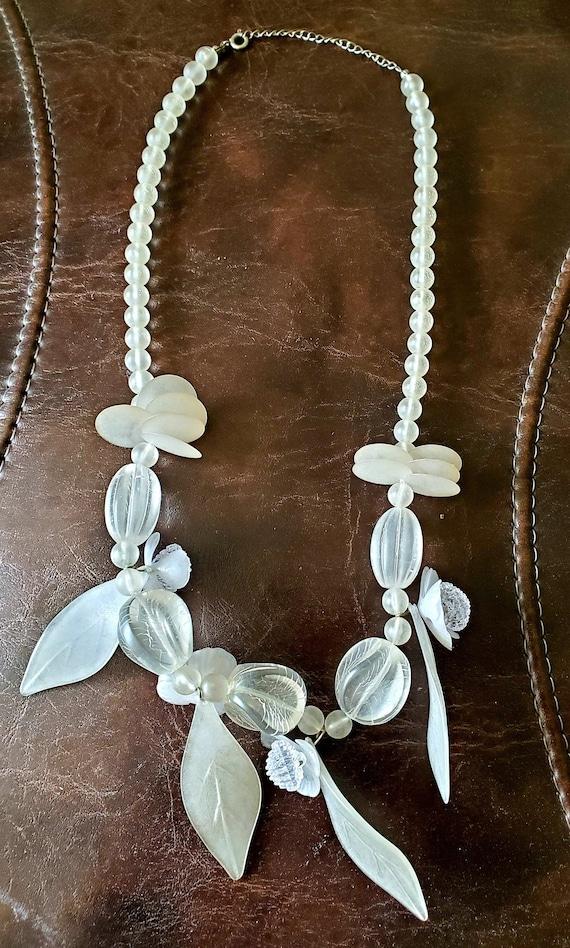 "Vintage Lucite White Floral 12"" Necklace, Vintage"