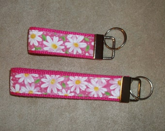 custom made set of 2 keyfobs, white daisies on pink background, set of 2 keychains, Christmas gift for her, co-worker gift, new driver gift