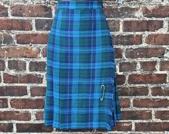 1960s Blue Green Plaid Skirt. Fringed Kilt with Pin. Pleated Wool Skirt. School Girl Skirt. High Waisted Short Skirt by Teacher's Pet. 28W.