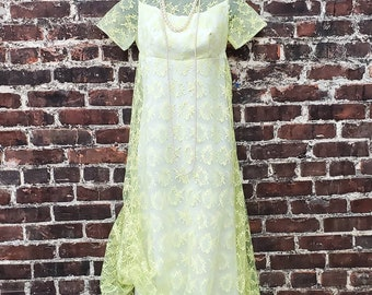 1960s Lime Green Lace Dress. Chartreuse A-Line Maxi Dress with Back Bow. 60s 70s Prom - Bridesmaid - Formal Gown. Size Small