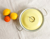 Vintage MES Pastel Yellow Enamelware Pan With Matching Lid Made in Germany Mid Century, Modern Vintage Casserole Dish, Enamel Cookware