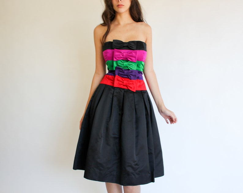 Evening Cocktail Gown Vintage 80s Albert Nipon Strapless Bow Striped Party Dress 1980s Designer Prom Silk and Rayon Blend Date Night