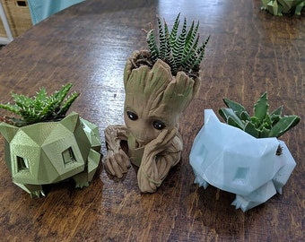 3D printed Bulbasaur planters (* in stock and ready to ship)