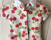 Blythe shirt, retro cherries print, closes in the front, also fits pure neemo Size S