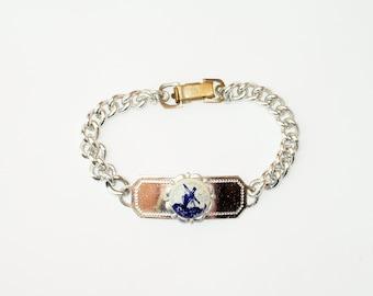 Vintage Dutch windmill souvenir bracelet, vintage bracelet, Holland, vintage costume jewellery