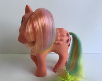 G1 My Little Pony FLUTTERBYE: Rainbow Pony Pegasus