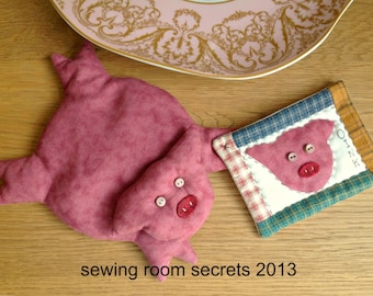 Animal sewing pattern for pig, cat, sheep, dog and frog - each with their own mini quilt!