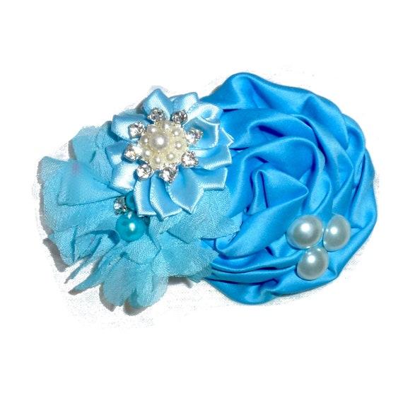 Puppy Bows ~ Medium winter  dog bow Christmas collar slide frozen snowflake blue glitter  ~USA seller (fb162)