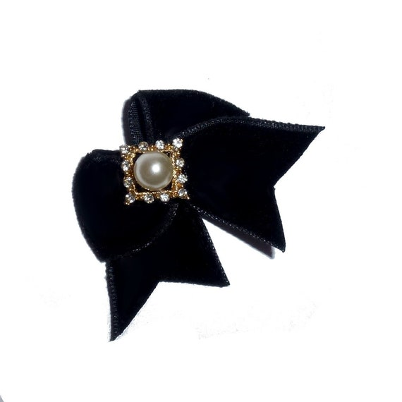 Puppy Bows ~ Black velvet dog show hair bow with pearl rhinestone crystal diamond center ~USA seller