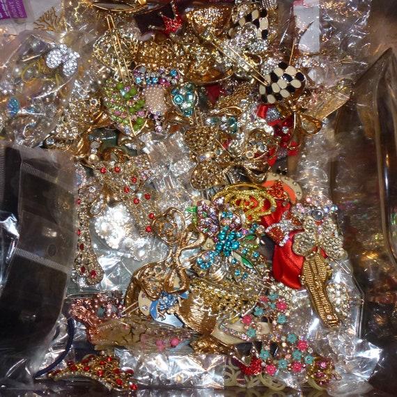 Puppy Bows ~ LAST CHANCE GrAB BaG rhinestone dog barrettes pet hair clips, crystals bling USA seller