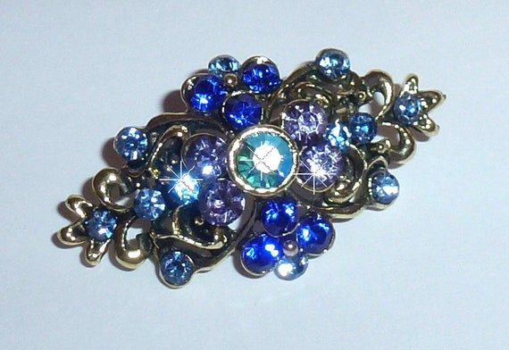 Puppy Bows ~ Rhinestone beautiful blue diamond dog hair  barrette ~ US Seller