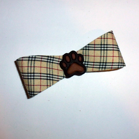 Puppy Dog Bows ~ 3D paw print Pawberry plaid bowtie shape pet hair bow barrettes or bands (fb104a)
