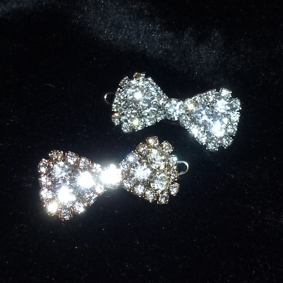 """Puppy Bows TINY Sparkling crystal silver or gold bow rhinestone pet hair bowknot barrette 1"""" (rb101)"""
