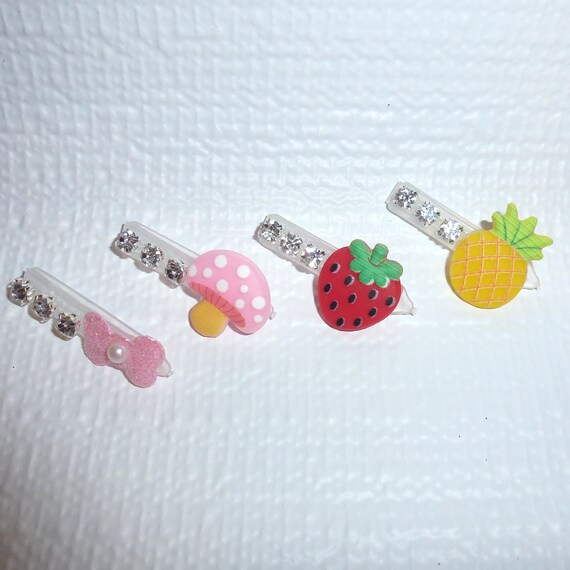 Puppy Bows ~Barrette flowers pearls plastic pet dog hair clip ~ (fb175)
