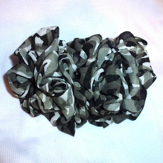 Becky Bows ~  Barrette scarf  Hand crafted over sized  hair bow for women or Girls gray black animal print