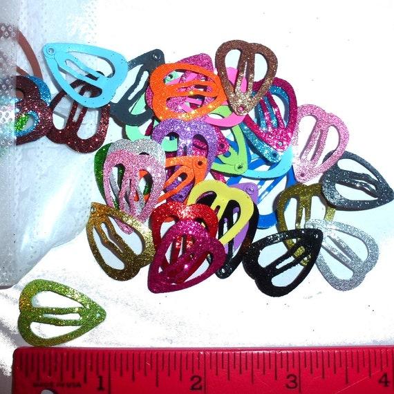 Puppy Bows ~ Barrette snap clip pretty colors tiny glitter hearts shape bow pet hairclip (fb13)