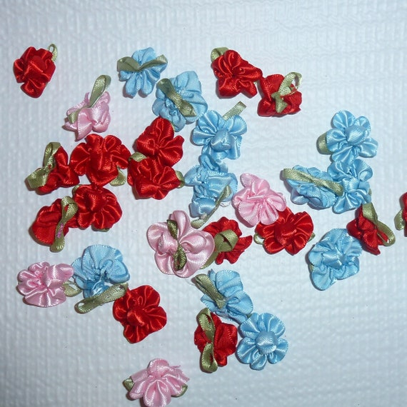 Puppy Bows craft items ~  4 red, blue or pink rose flower appliques satin green leaves