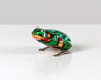 Vintage wind-up-toy, 70s wind-up-toy, frog wind-up-toy, frog tin toy, vintage tin toys