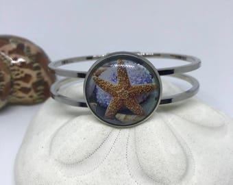 Sealife hinge bracelet