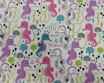 Little Sweet Seahorses -  High Quality Quilt Cotton from Timeless Treasures
