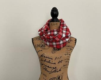 Flannel scarf,  Infinity Pocket Scarf, travel scarf, zipper scarf, money pocket scarf, cell phone pocket
