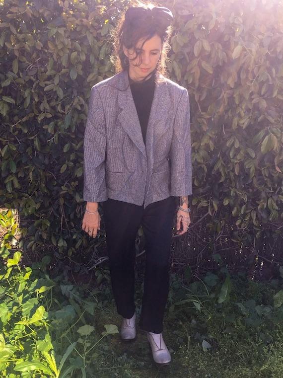 Vintage Evan Picone minimalist cropped boxy blazer