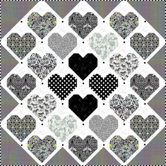 RETRO HEART QUILT kit - Tula Pink LineWork Collection - Backing Not Included
