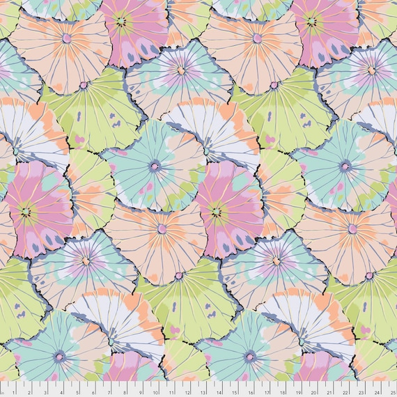 LOTUS LEAF Contrast Pastel Kaffe Fassett PWGP029.CONTR Sold in 1/2 yd increments