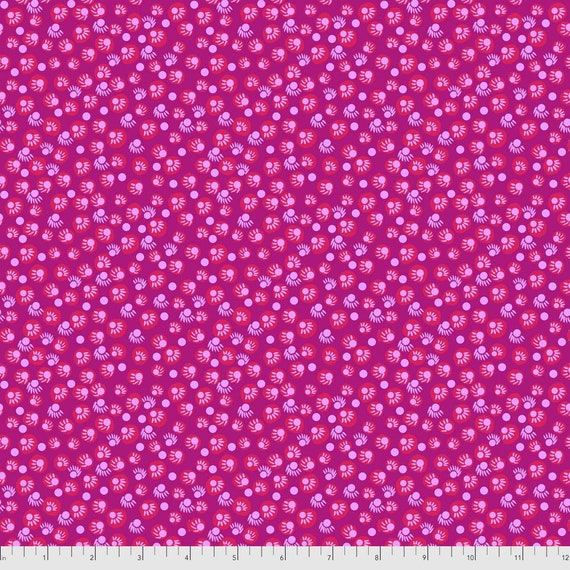 1/2 yd DOT YOUR EYES Magenta  - Bright Eyes by Anna Maria Horner pwah156.magenta Sold in 1/2 yd increments - Multiples cut as one length