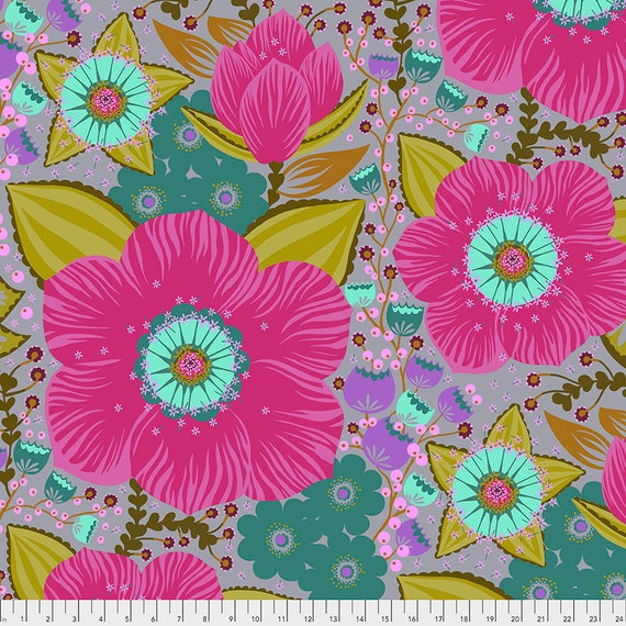 HONORABLE MENTION FUCHSIA 2020 Hindsight collection - Anna Maria Horner - Sold in 1/2 yard increments. Multiples cut in one length