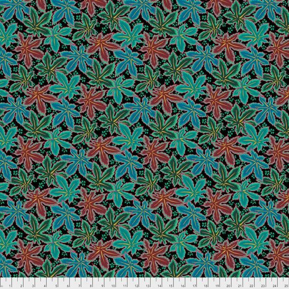 LACY LEAF Green Philip Jacobs PWPJ0093.GREEN Kaffe Fassett Collective Sold in 1/2 yd increments