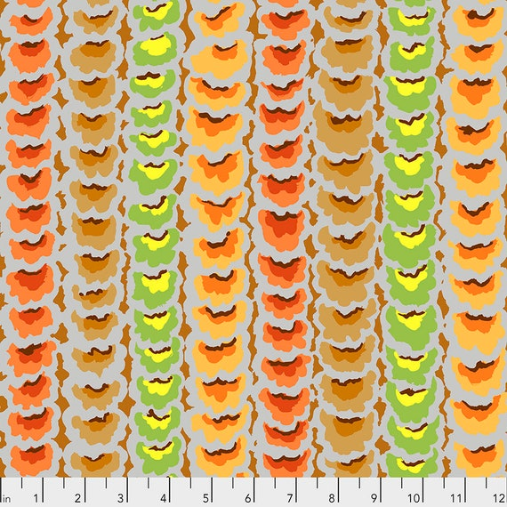 1/2 yd GARLANDS TAWNY PWGP181 - Kaffe Fassett Collective  Sold in 1/2 yd increments
